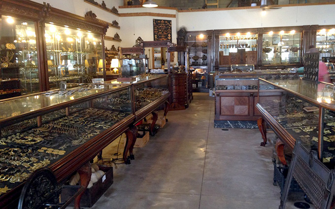 Furniture, Exterior, Accessory, and Specialty Antique Hardware